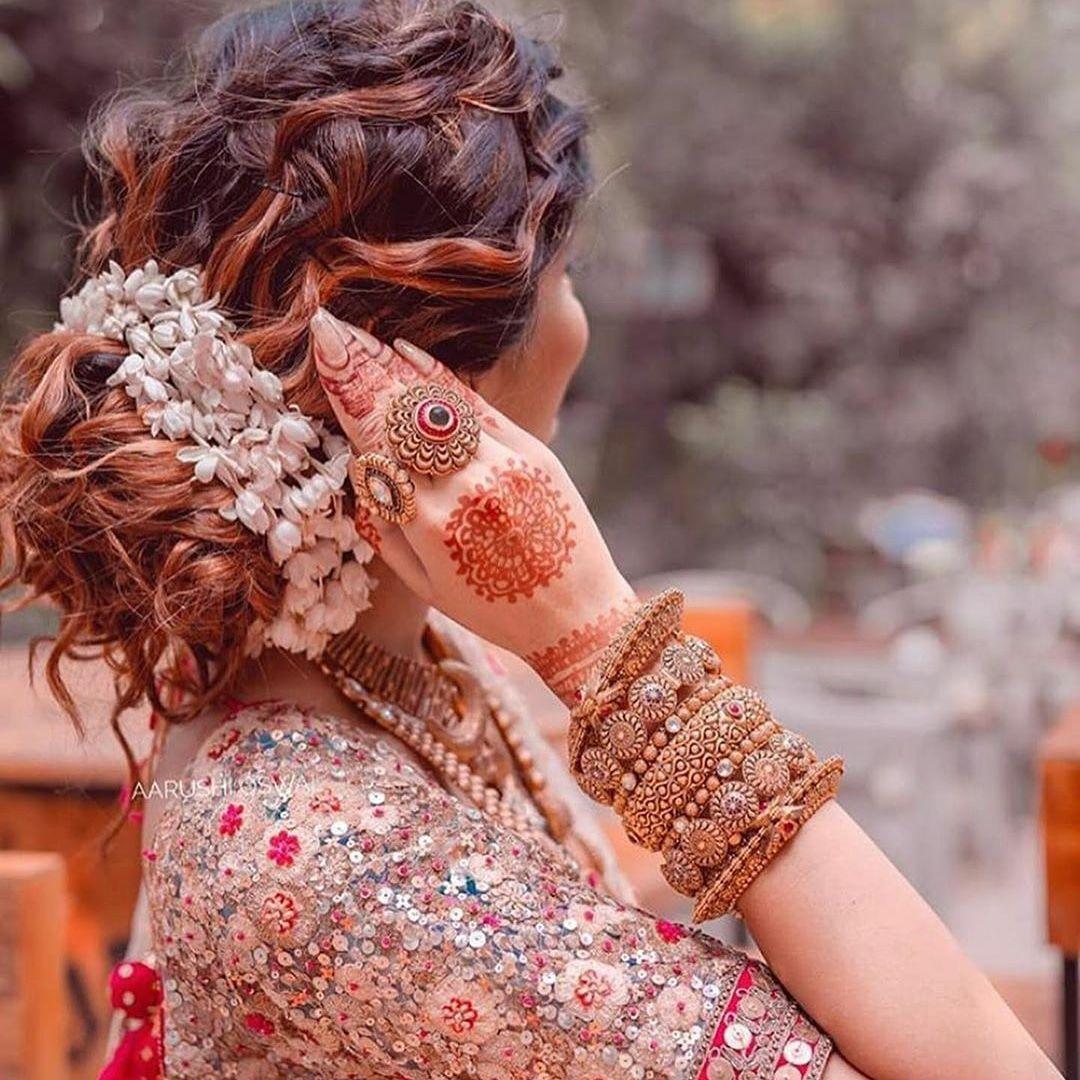 Bridal Gajra Hairstyle Wedding Planner Beautiful Indian Brides Bridal Hair Buns Bridal Hair Inspiration