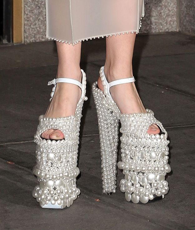 What Did Lady Gaga Wear Today Gigantic Pearl Shoes Edition Lady Gaga Shoes Pearl Shoes Funny Shoes
