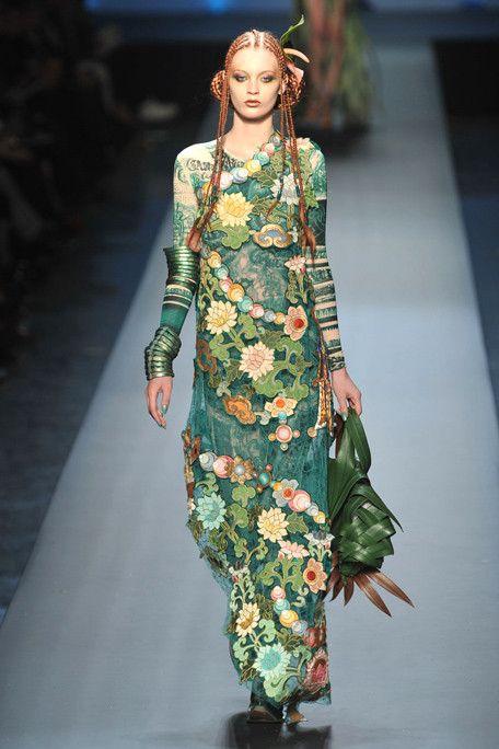 JPG Spring 2010 Haute Couture