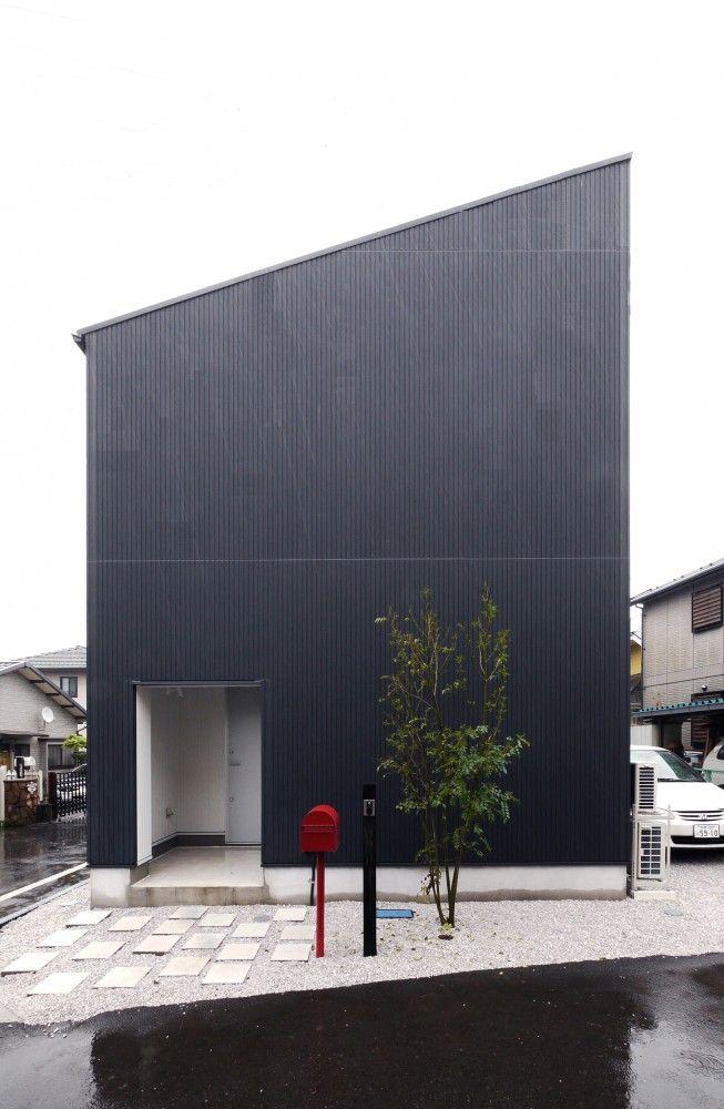 Hachiouji House / Krew Architects