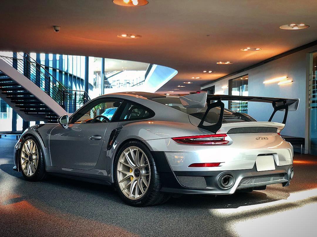 That Porsche Gt2rs Is Good Looking Pecatl With Images Porsche Gt Cool Sports Cars Porsche