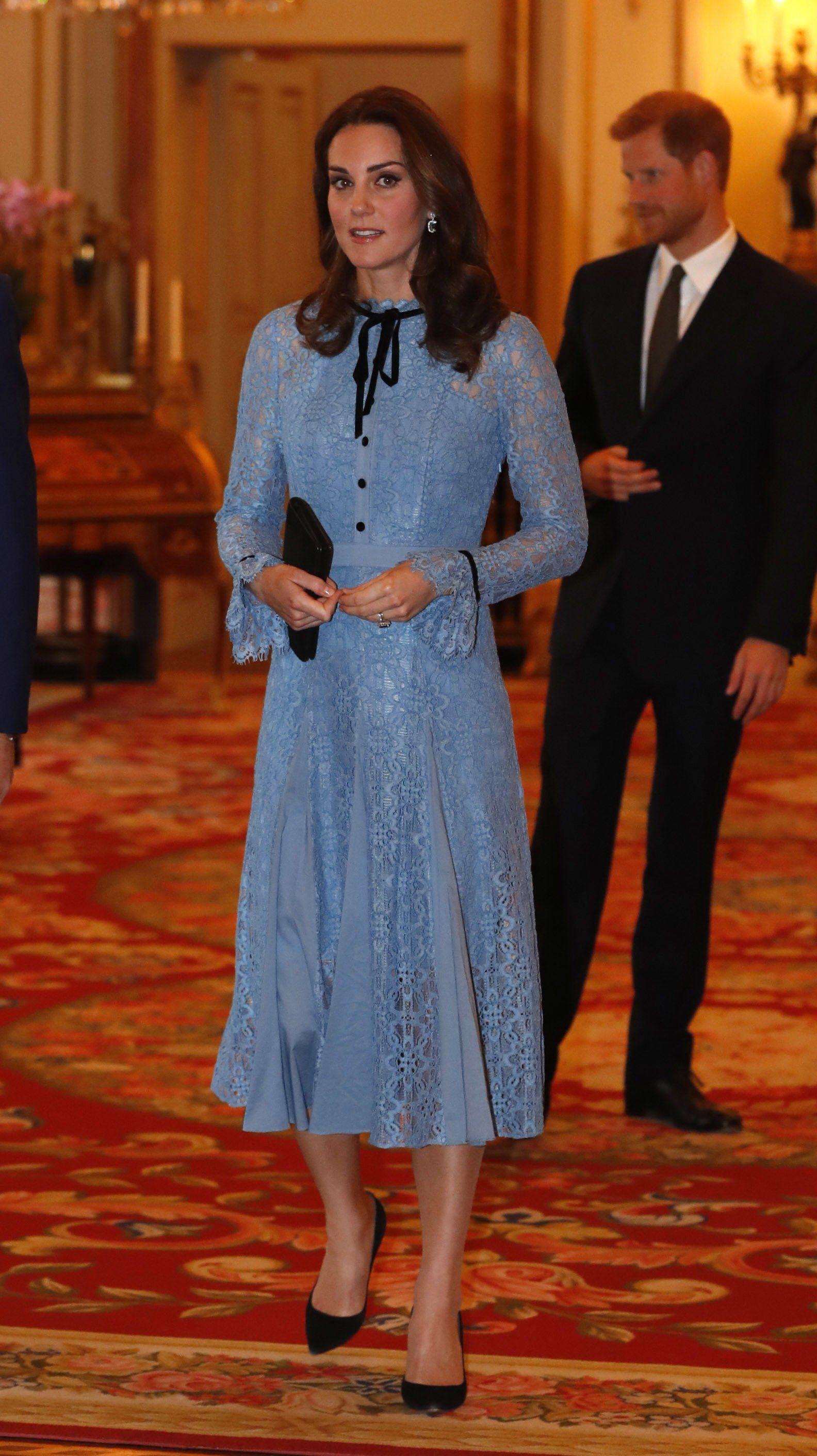 Melania Trump Wears Dolce & Gabbana to Donate Her Inaugural Ball ...
