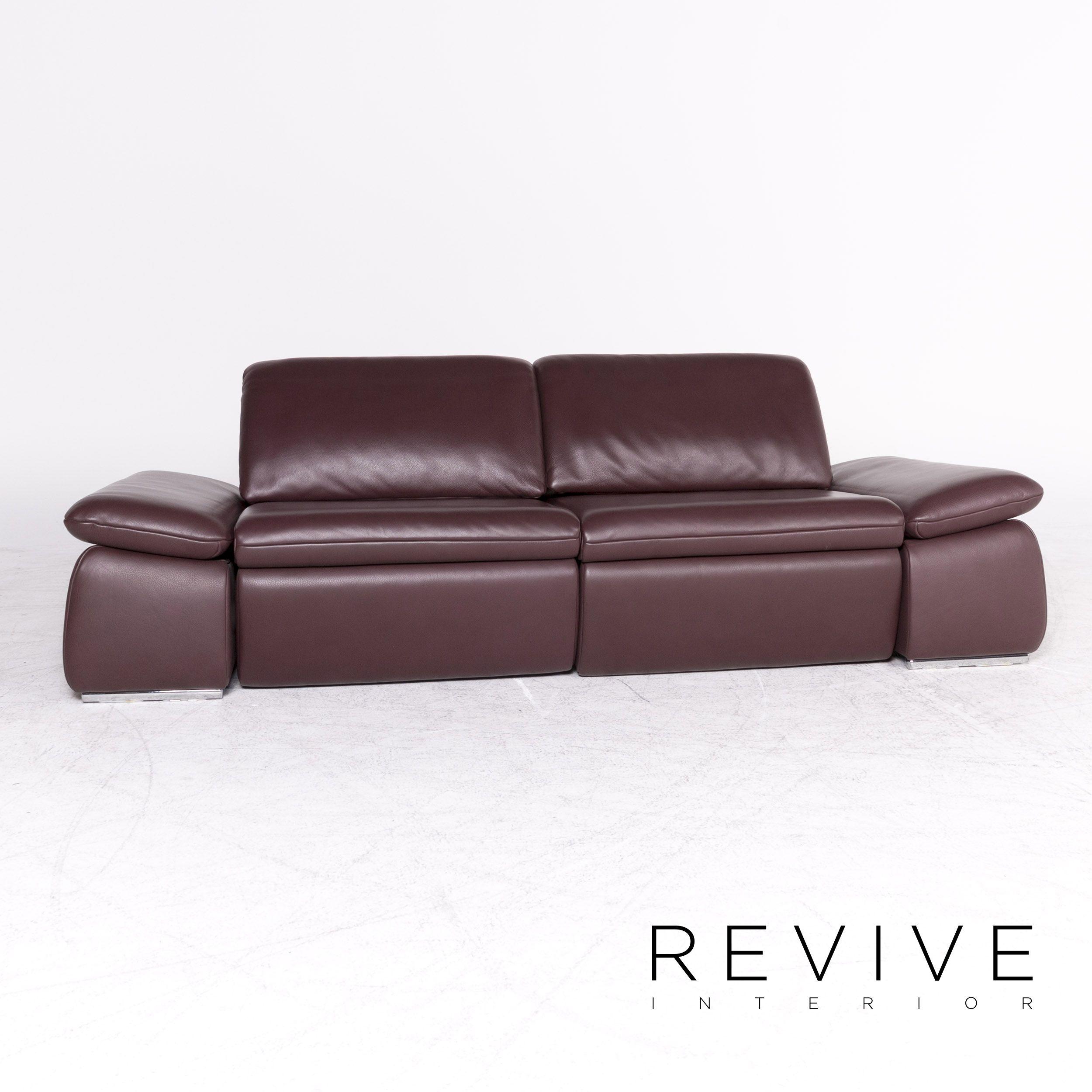 77 Modest Sofa Rot Leder