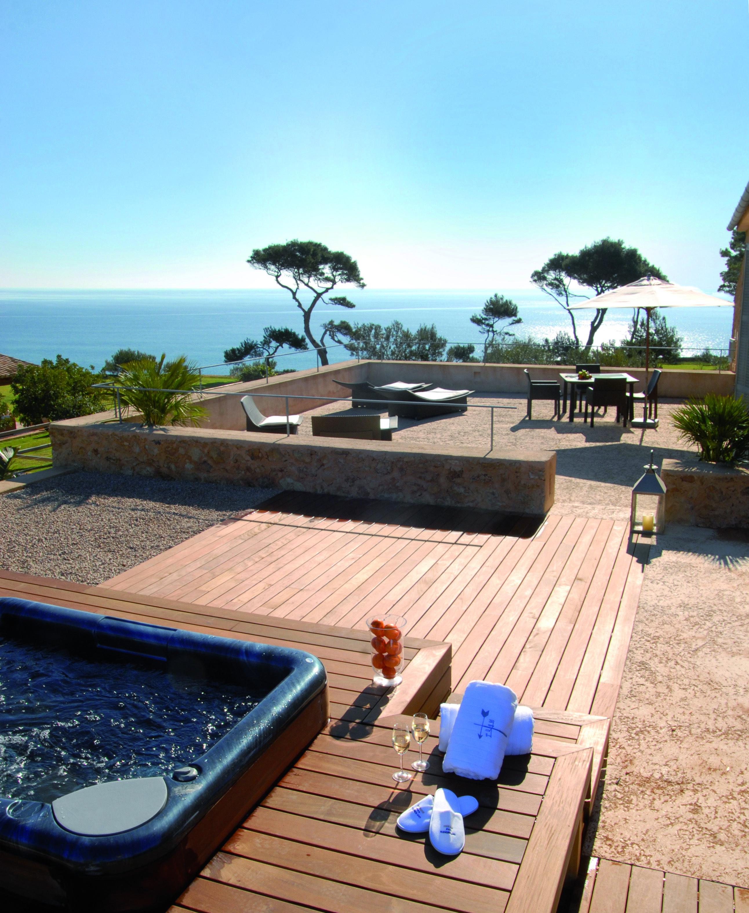 Hotel Can Simoneta   Boutique Hotel   Spain   http://lifestylehotels.net/en/can-simoneta   outdoor, view, terrace, jacuzzi, Relaxing, wellness