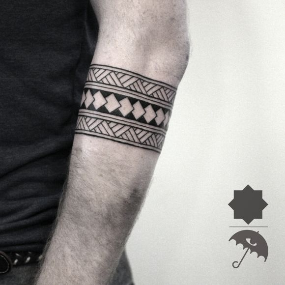 tribal arm band line work details geometric tattoo. Black Bedroom Furniture Sets. Home Design Ideas