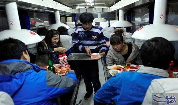 مطعم عربة القطار أجمل المطاعم في مقاطعة لياوينغ قام بابتداع هذه الفكرة شابان صينيان عندما اشتريا عرب Barbecue Restaurant Barbie Dream Interior Design Elements