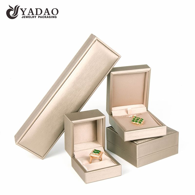 #HignEnd plastic #JewelrybBox covered with leatherette ...