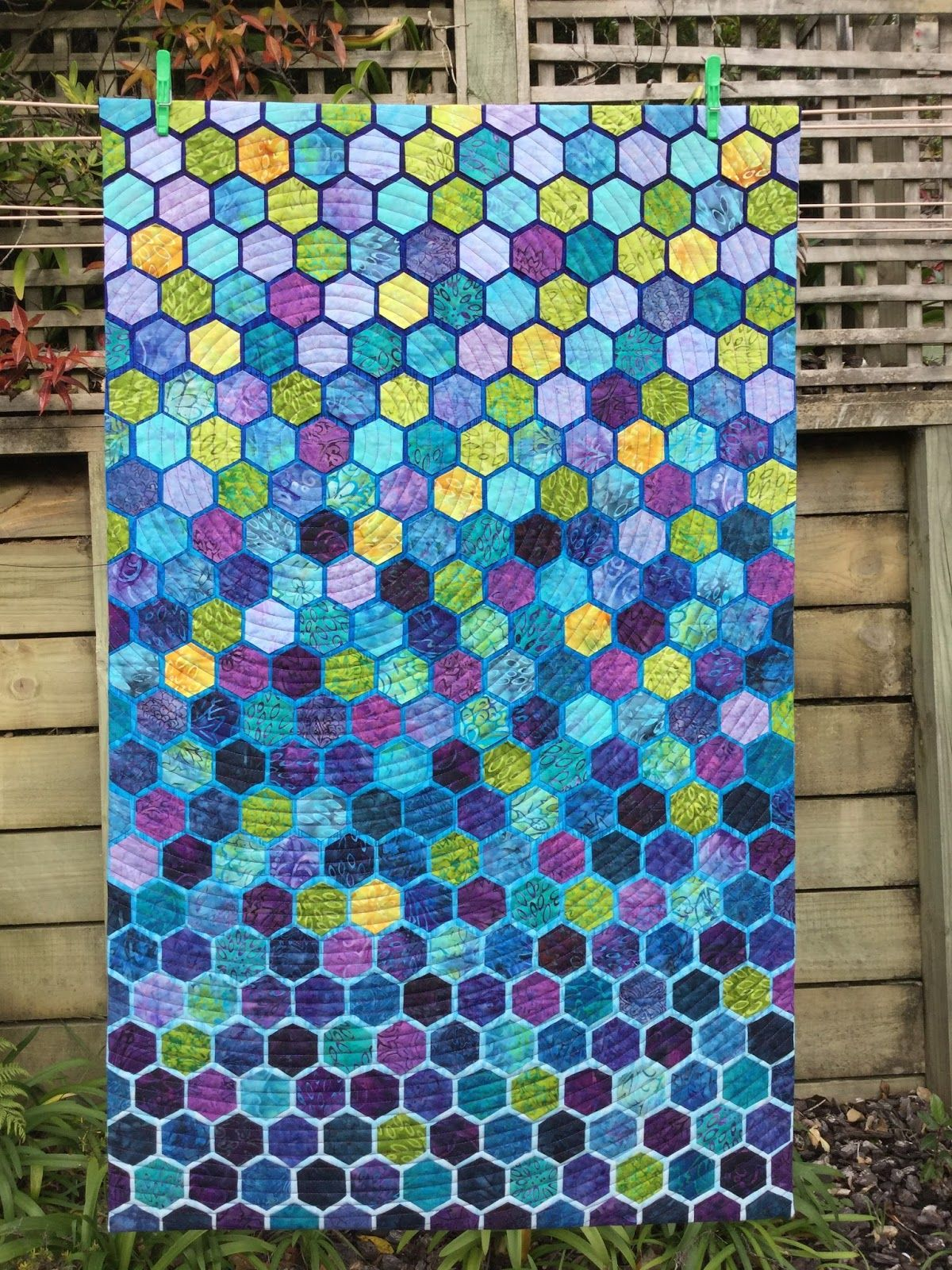 Honeycomb quilt by Wendy's Quilts and More | Hexagon quilts ... : honeycomb quilt - Adamdwight.com