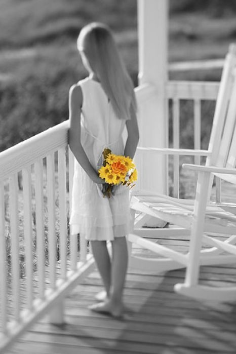 Color Accents Black And White And Color Pictures On Pinterest - Black and white photography with color accents