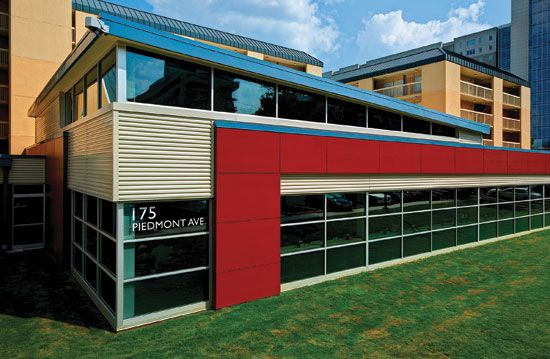 Best Horizontal Metal Wall Panels In A Metallic Color Are 400 x 300