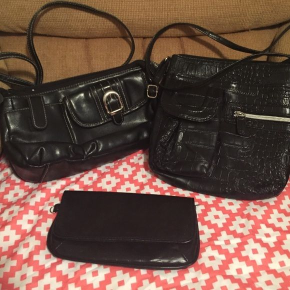 Bundle of Crossbody Purses and a Leather Wallet Two black leather cross body purses with lots of compartments and storage in each. Also included is a black leather wallet. Bags Crossbody Bags