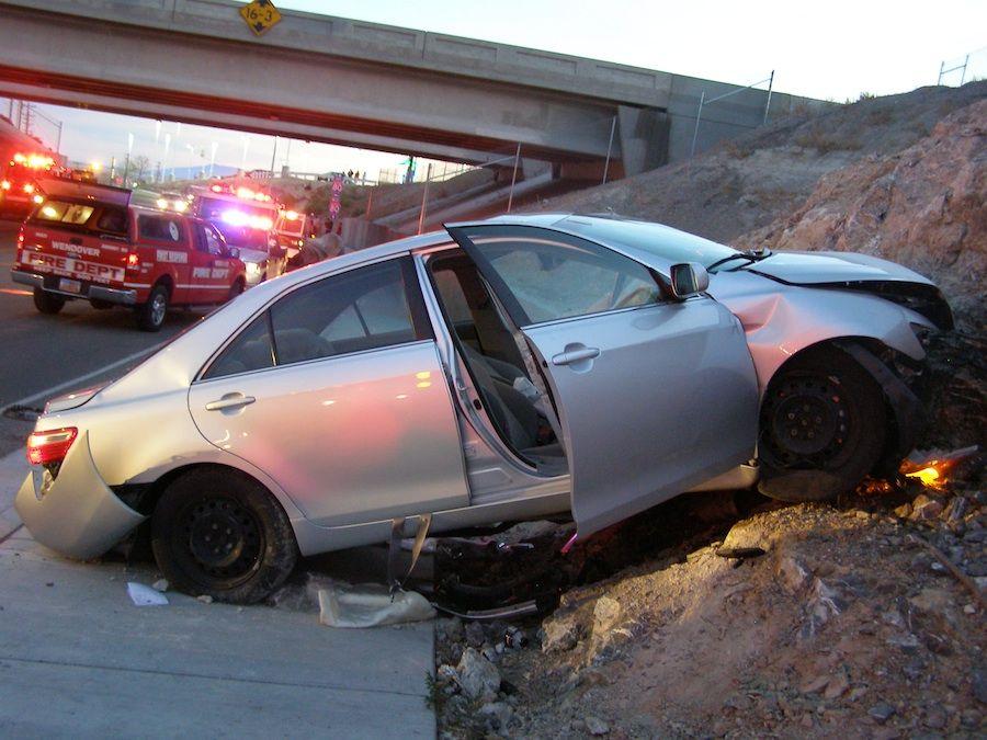 toyota settles paul van alfen and charlene jones lloyd death lawsuit toyota camry car insurance rates pinterest