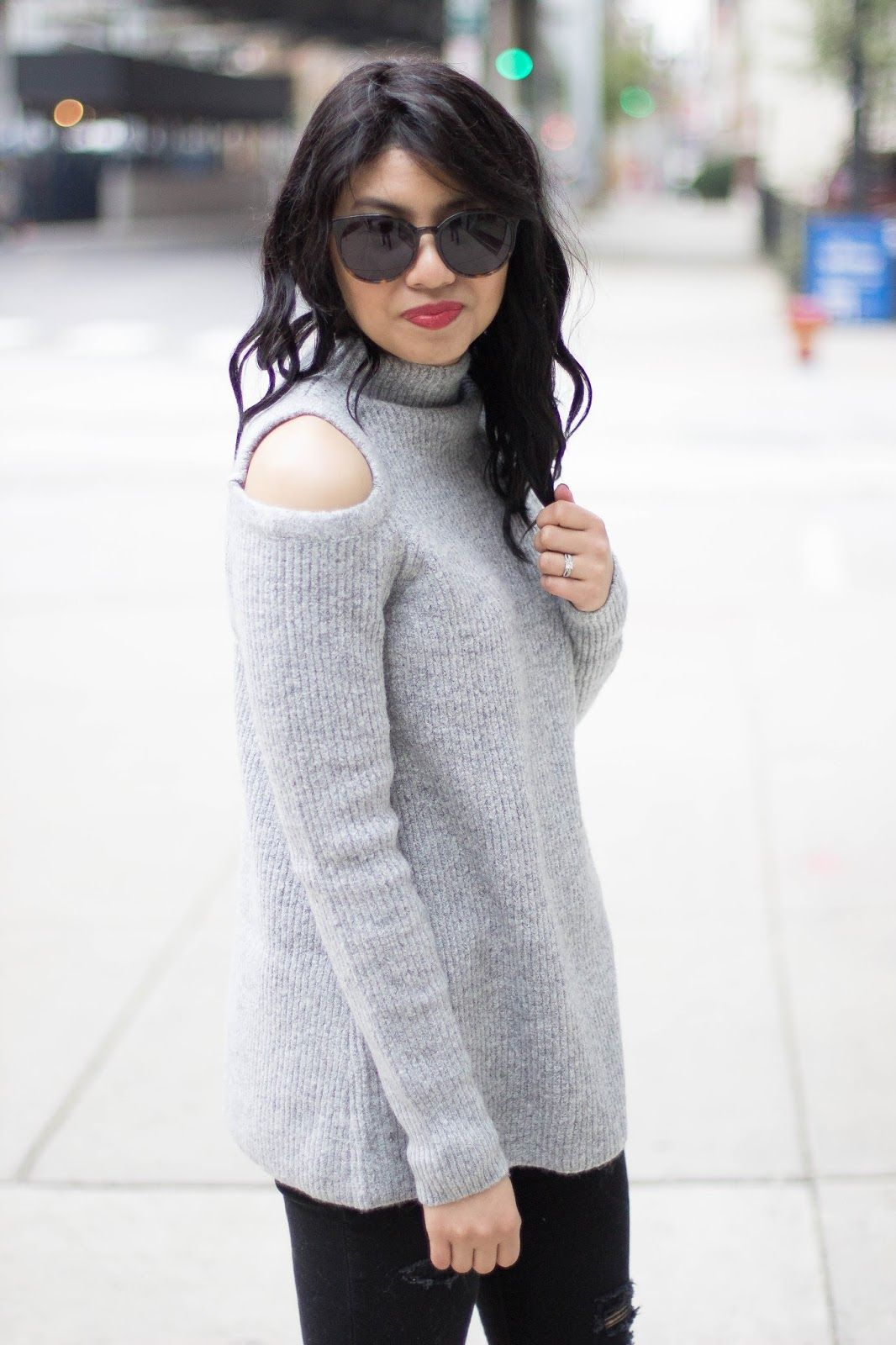 Cold Shoulder Sweater Fall fashion outfits, Holiday