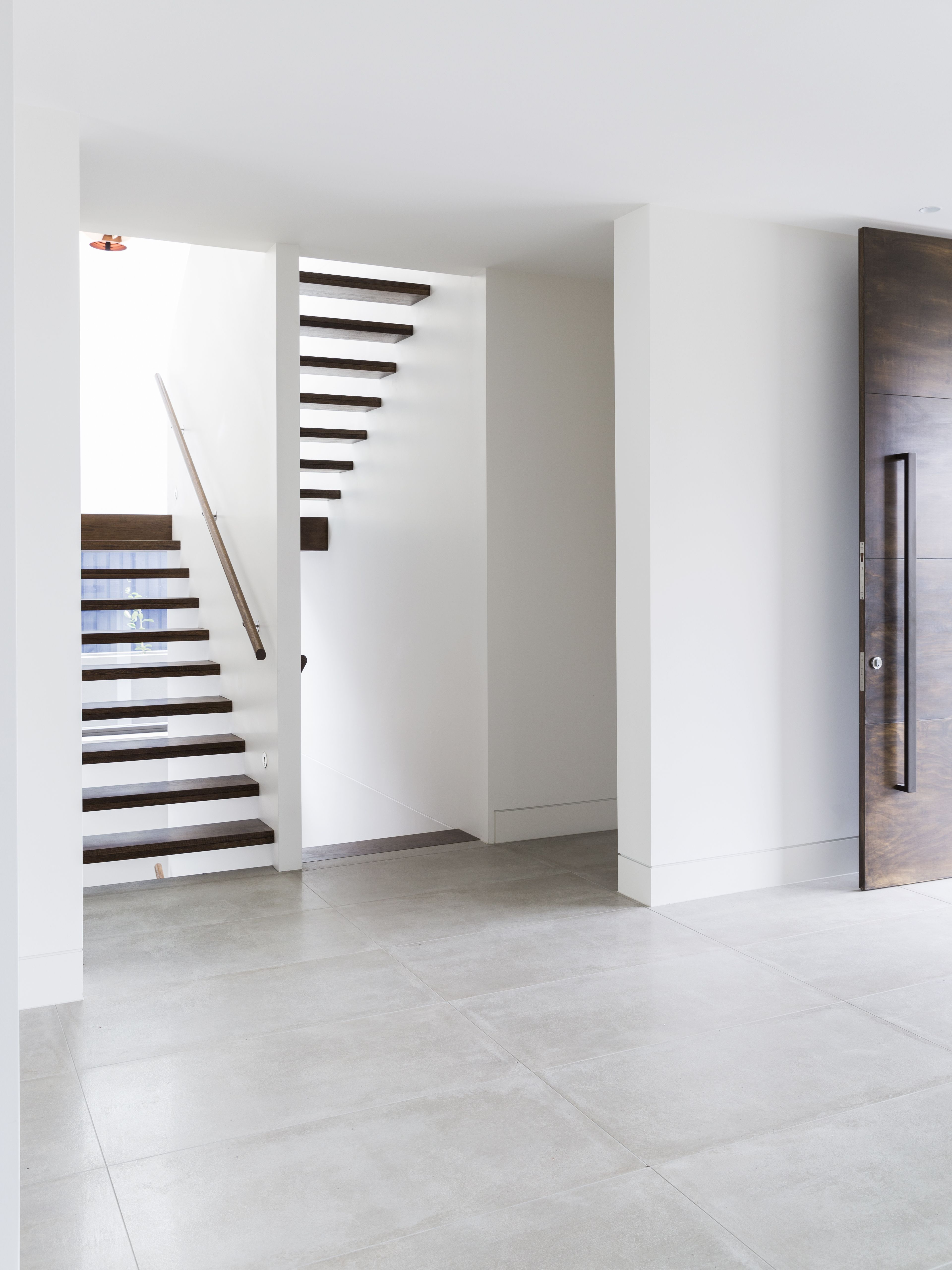 Feature   Stair   Staircase   Treads   White   Plaster   Timber ...