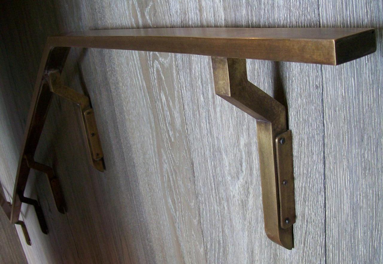 Brass Handrail L Wood Detail