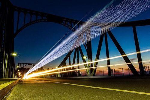 @markshutter setzt die Langzeitbelichtung gerne in der Dunkelheit für vorbeifahrende Autos ein wie hier auf der Glienicker Brücke zwischen Berlin und Potsdam. Wie nutzt du die Langzeitbelichtung am liebsten? #Canon #eos #60d EF 16-35mm f/2.8L II USM 16mm f/11.0 ISO 160 20 Sek. via Canon on Instagram - #photographer #photography #photo #instapic #instagram #photofreak #photolover #nikon #canon #leica #hasselblad #polaroid #shutterbug #camera #dslr #visualarts #inspiration #artistic #creative…