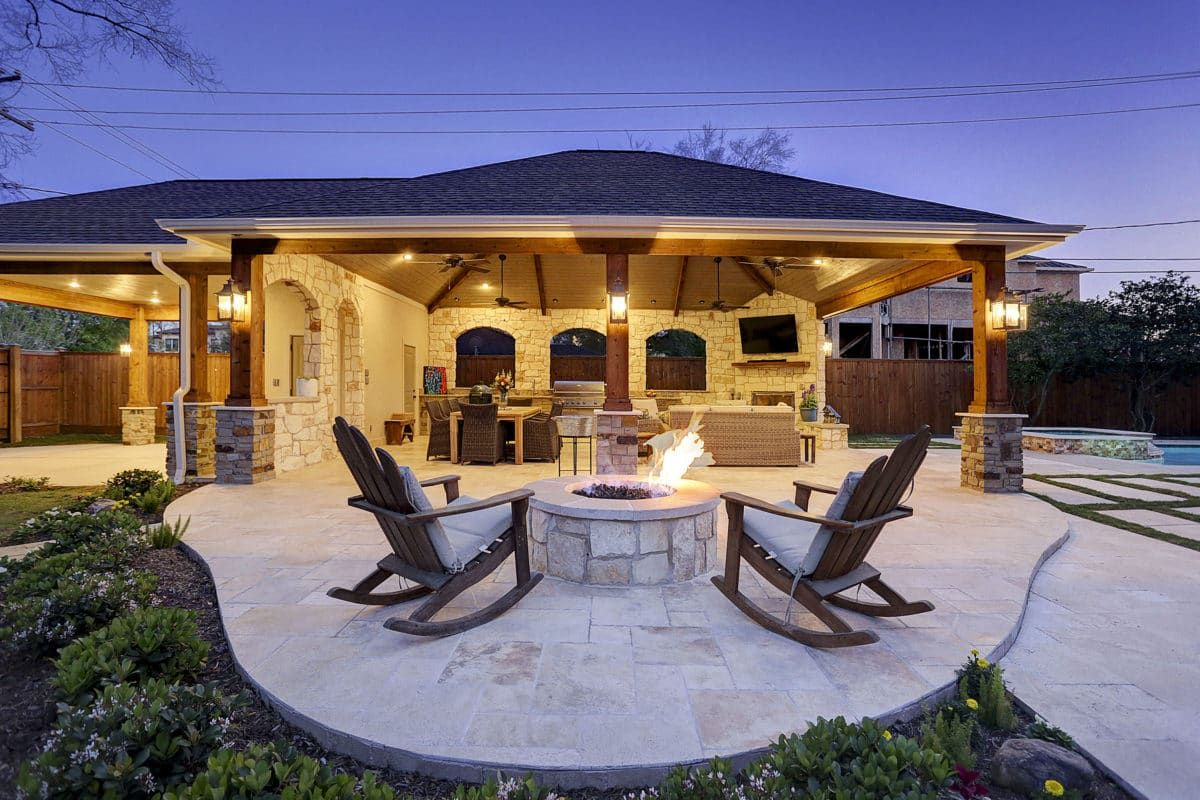 This homeowner wanted an extended outdoor living area in ... on Retreat Outdoor Living id=36833