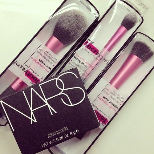 The best makeup brushes Real Techniques Your, discount of $ 5 on their first orders less than $ 40 or $ 10 on their first purchase over $ 40 with iHerb coupon OWI469 http://www.dipity.com/samanjoin/personal/?eid=kezbV6ifFGw LOVE these Real Techniques brushes, great quality and affordable #realtechniques #realtechniquesbrushes #makeup #makeupbrushes #makeupartist #brushcleaning #brushescleaning #brushes