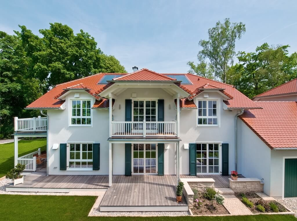 Landhaus steinhauser baufritz for Fertighaus zweifamilienhaus