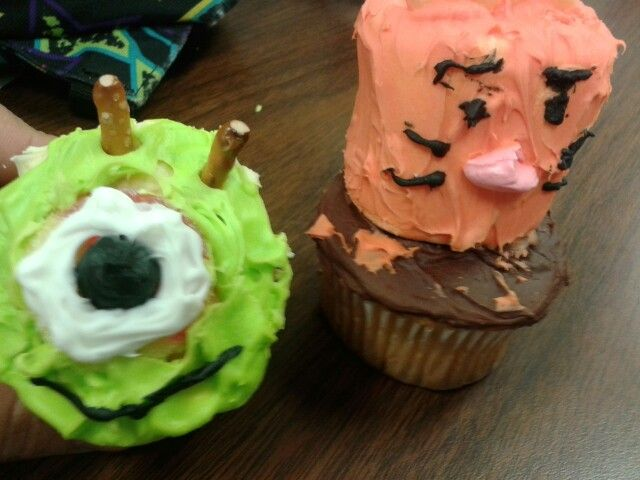 Cupcakes!!!!!!!! Fun projects