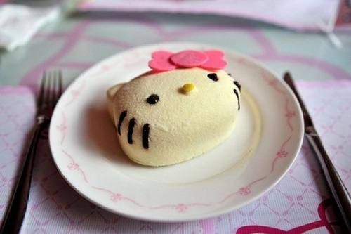 Hello Kitty Treat