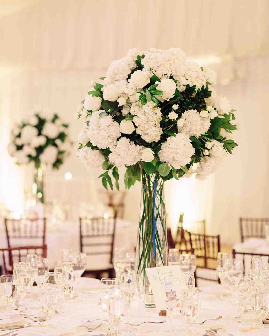 32 Classic Wedding Centerpieces We Love Flower Centerpieces Wedding Classic Wedding Centerpieces Wedding Centerpieces Diy