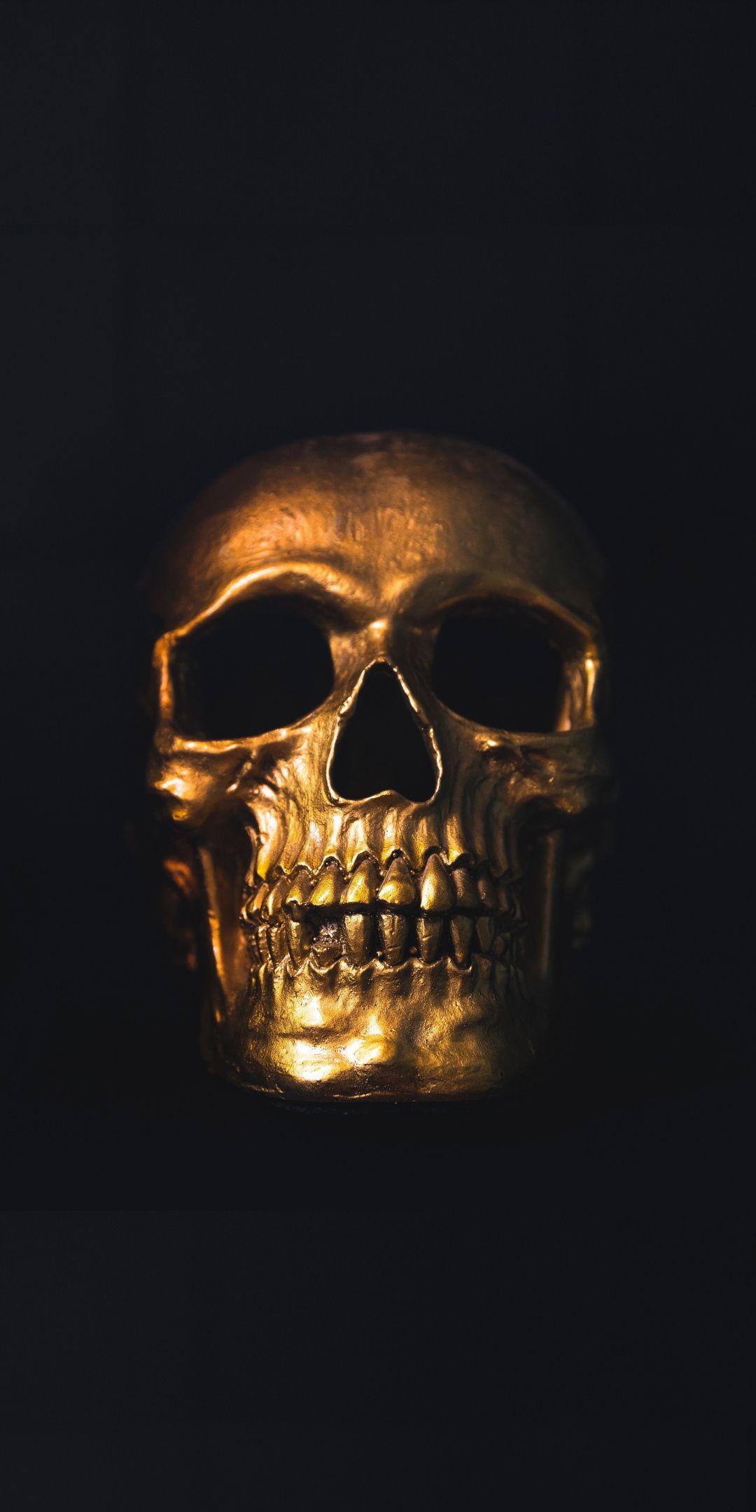 Golden Skull Minimal 1080x2160 Wallpaper Black Skulls Wallpaper Skull Artwork Skull Wallpaper