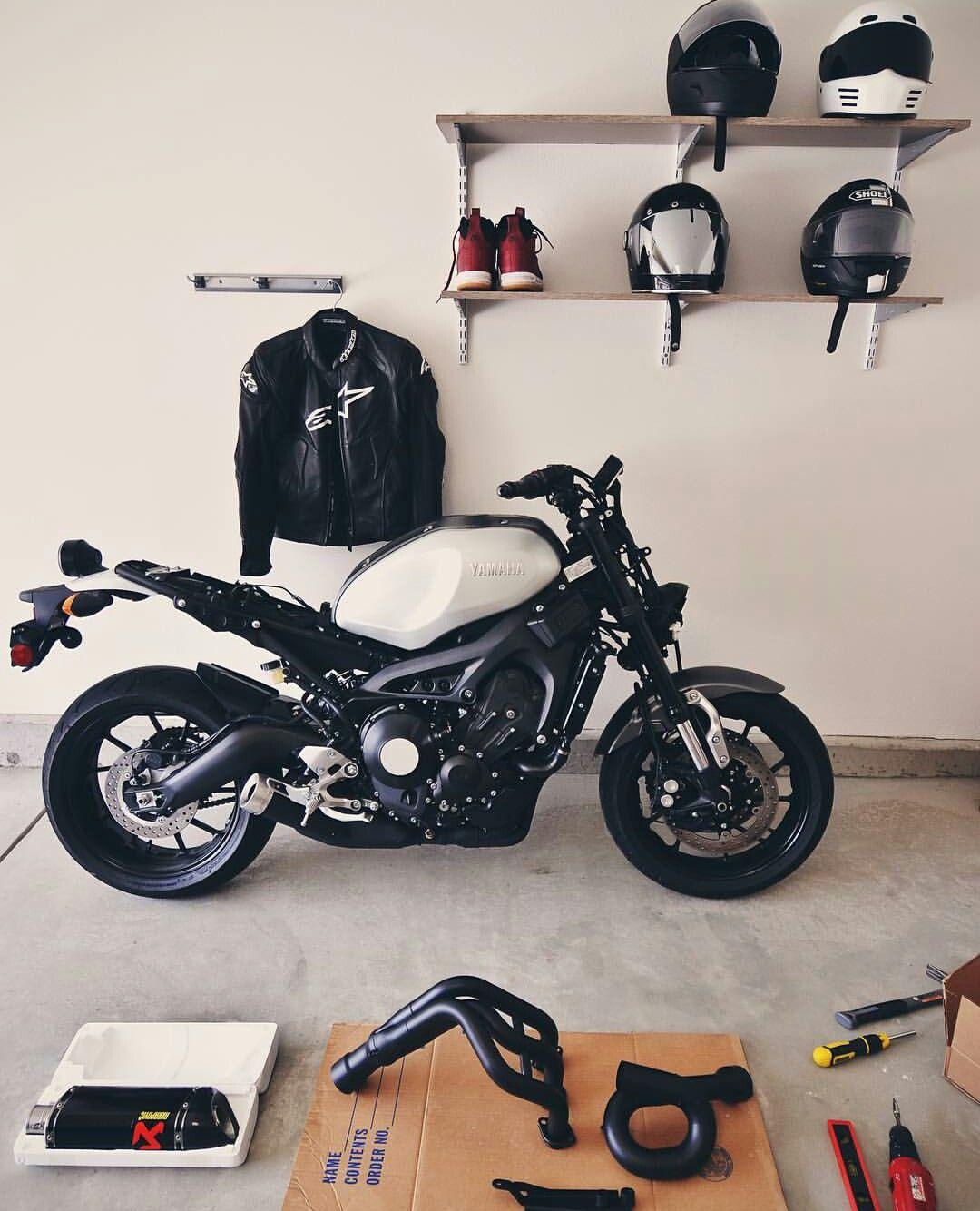 Yamaha xsr 900 xsr900 pinterest cars custom cafe for Garage bmw calais