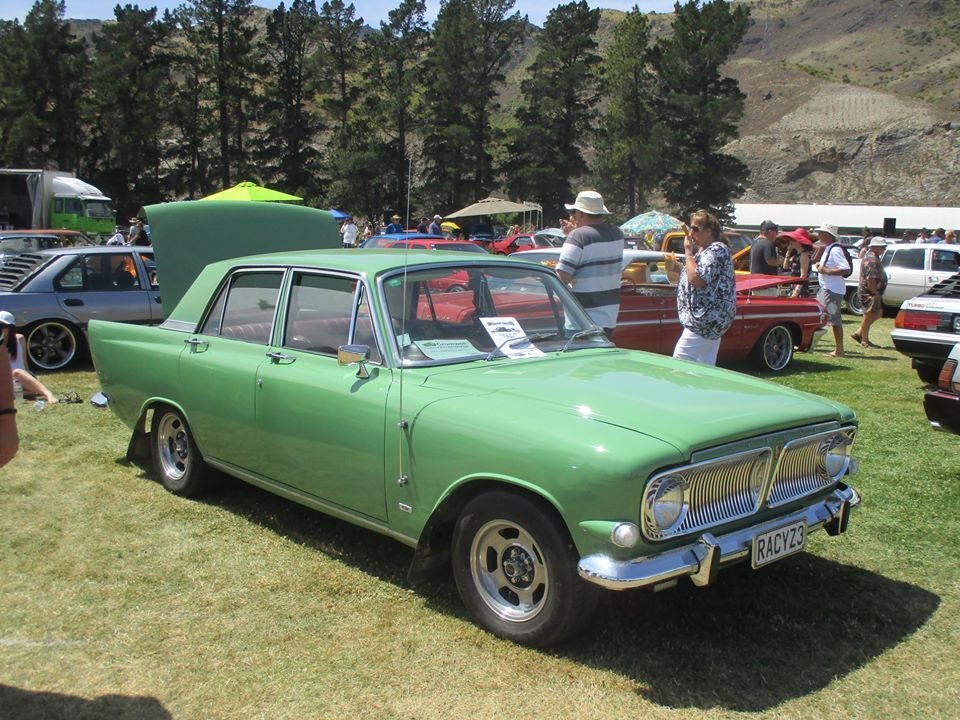 Pin By Supercrazymum On Motors Are Great In 2020 Ford Zephyr