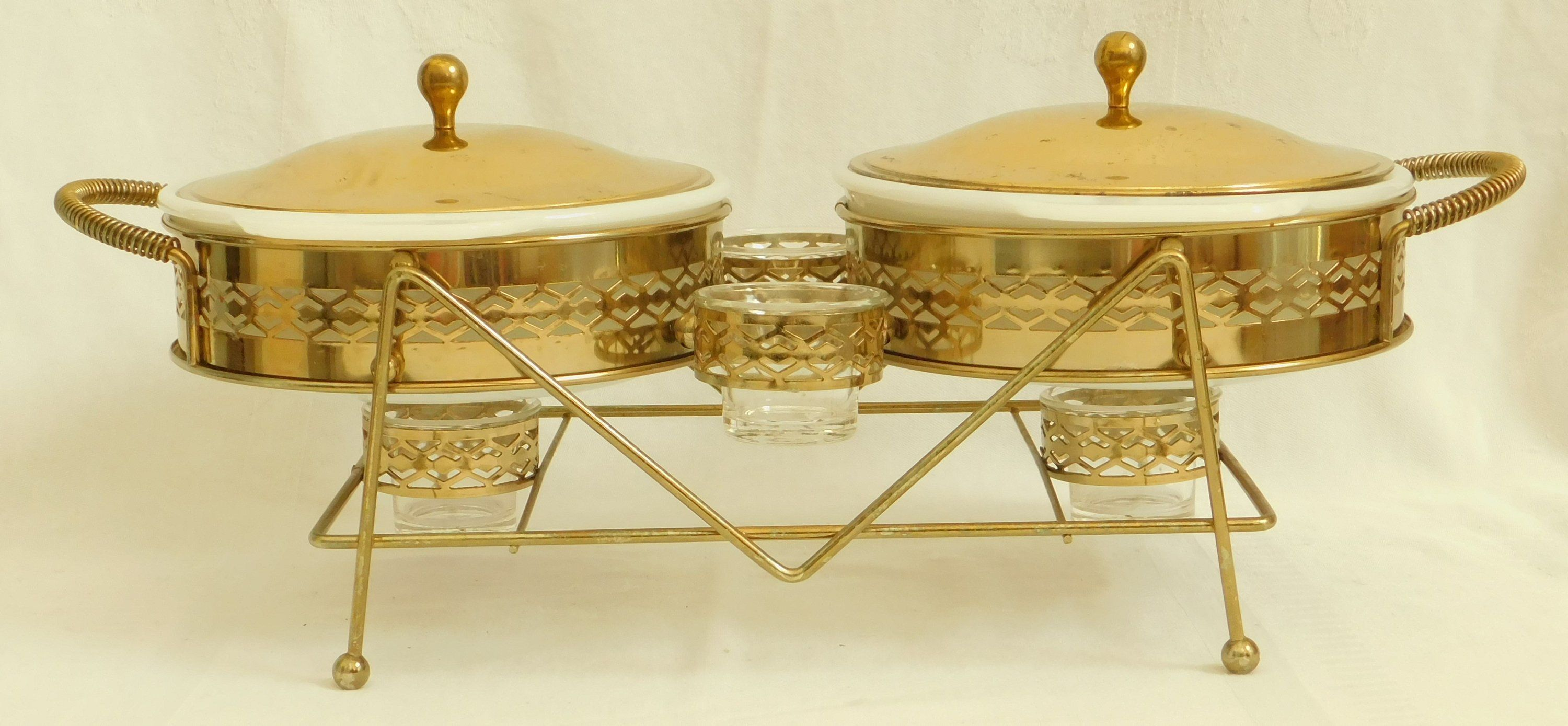 Rare Vintage Fire King 2 Round Casserole Candle Warmer Set 4 Candle Holder Ornate Brass Finished Dish Carrier Lid Candle Warmer Glass Dishes Keep Food Warm