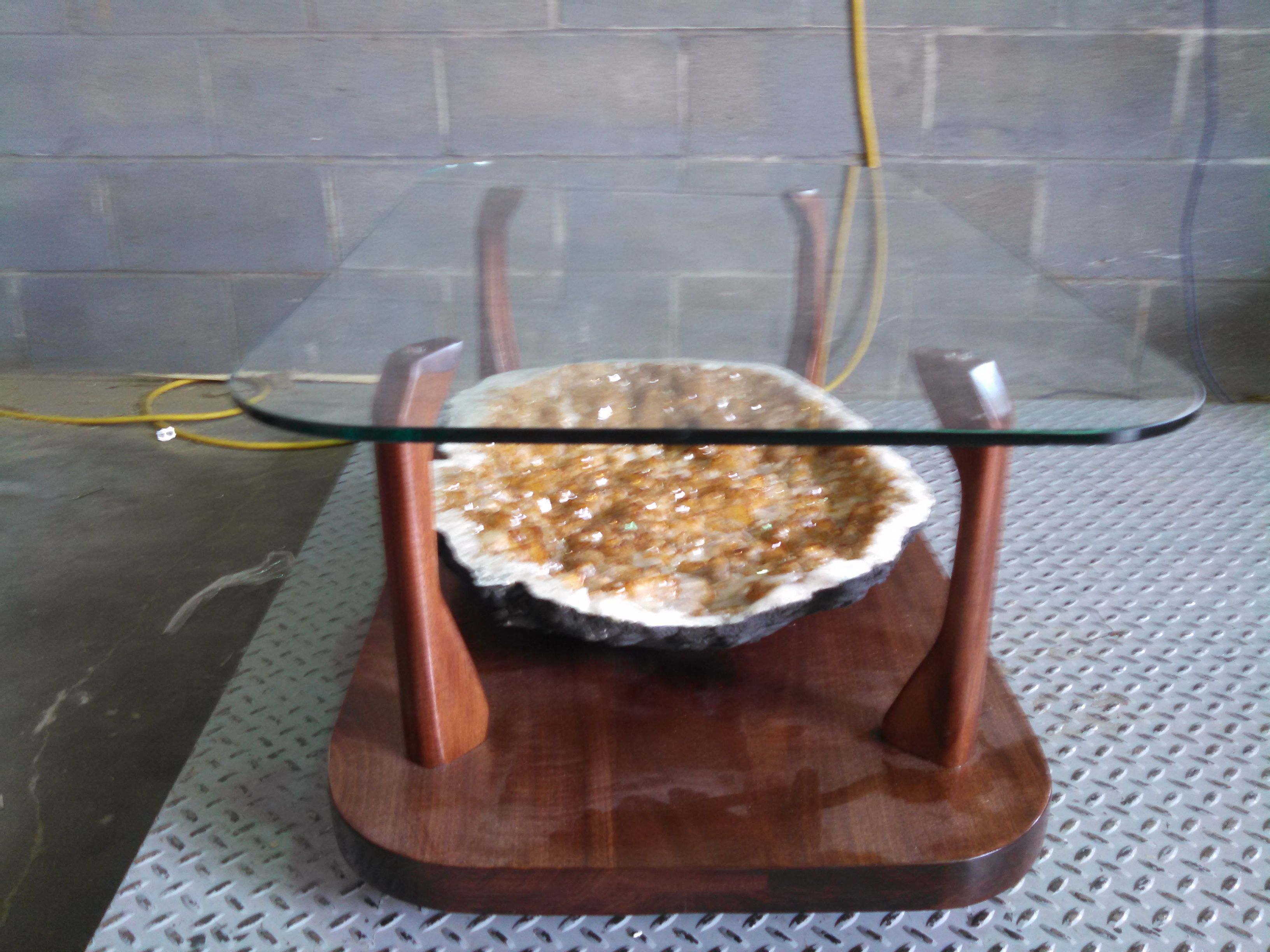 Amazing Geode table that you wish was yours! #Customfurniture #Art #Geode