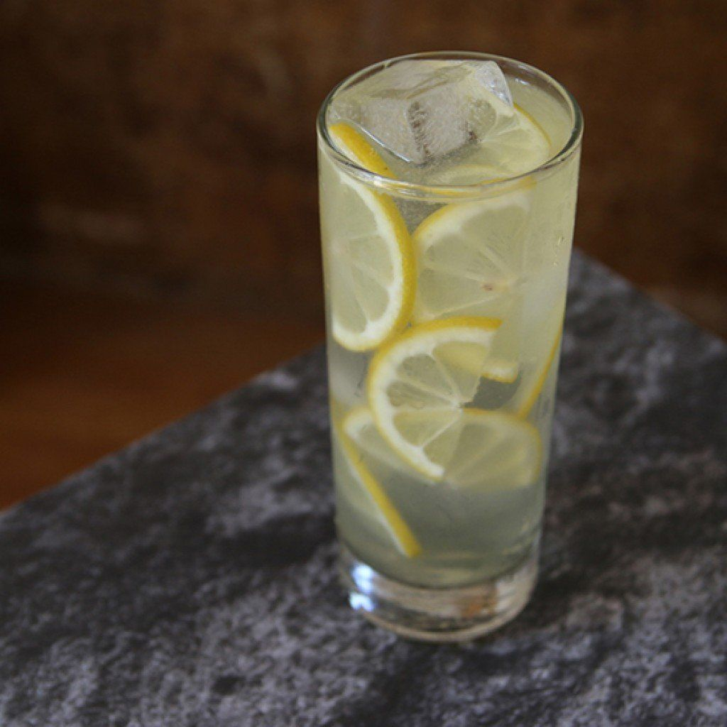 3 Limoncello Cocktails for Basking in the Warm Weather #limoncellococktails