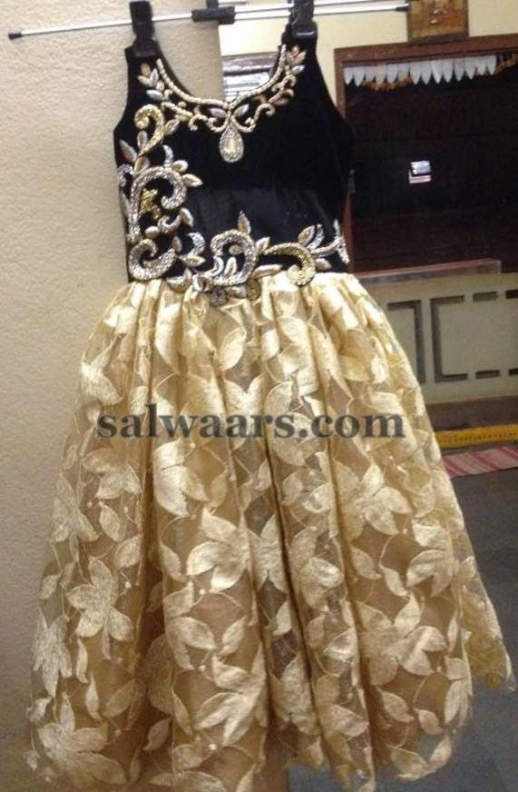 a8ac94dd4 Printed Floral Net Frock