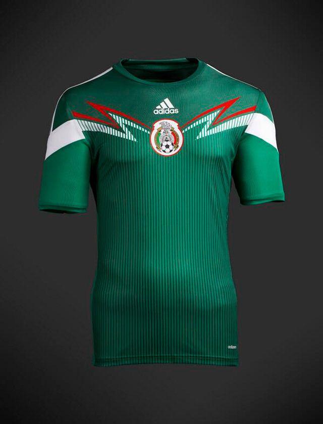 Presentan el que sería el uniforme de México para Brasil 2014 ... c8f4aafbe