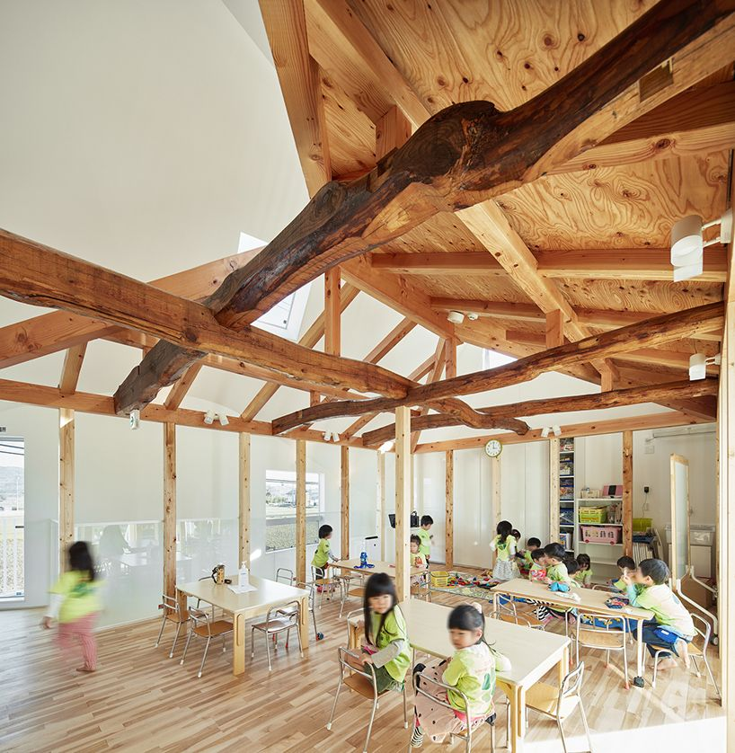 design completes playful house in sukumo, japan