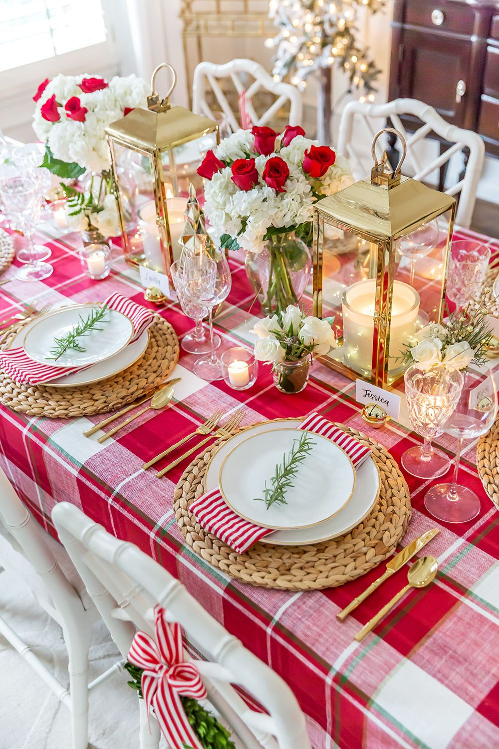 Christmas Table Decorations Red And Gold Christmas Dining Table Christmas Table Decorations Christmas Table