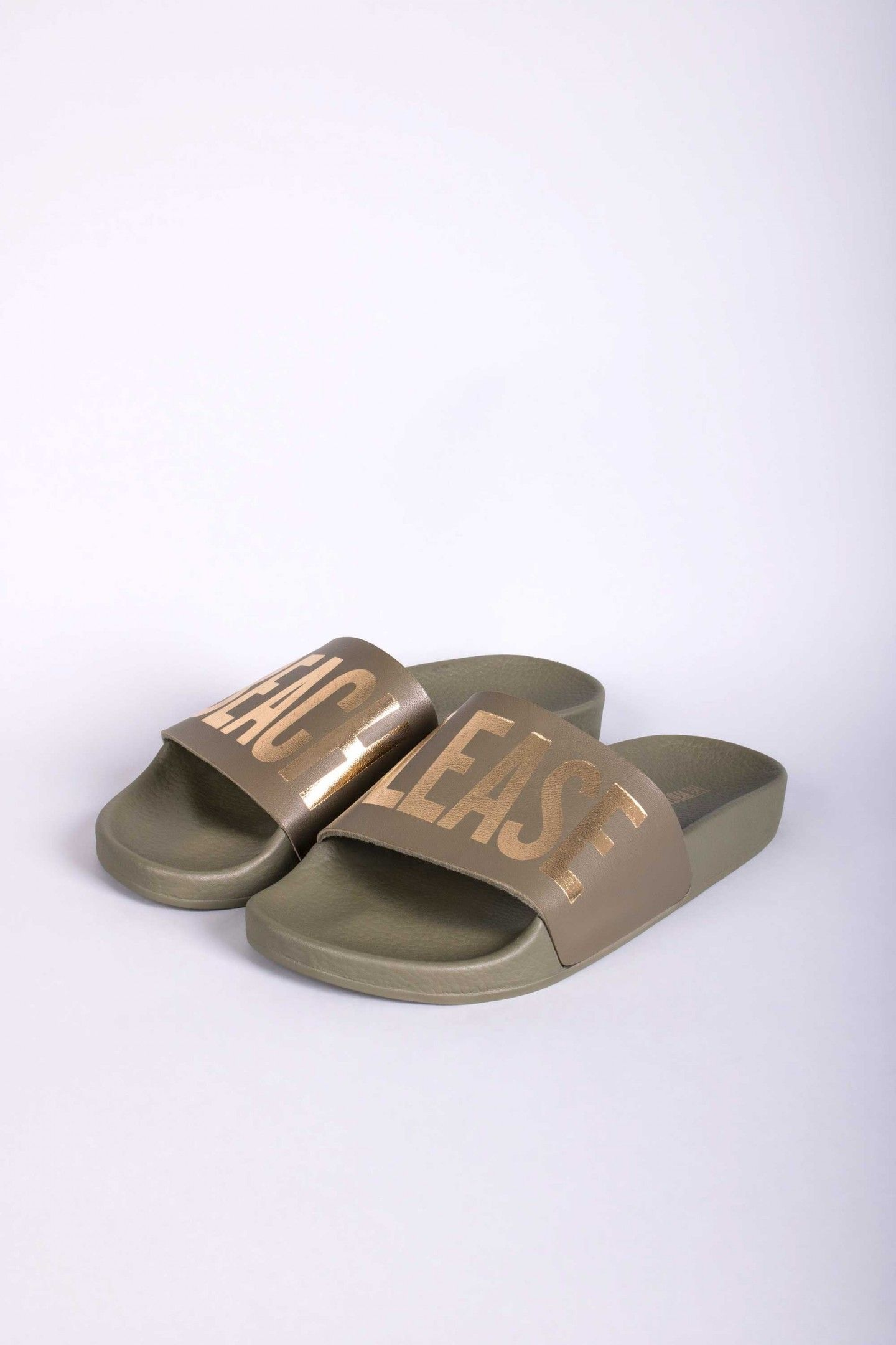 34e3e71d84328b BEACH ARMY - TheWhiteBrand SS 18 New Collection. Women s flat slide sandal  in army green