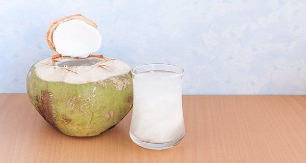 5 Amazing Health Benefits Of Coconut Water | Healthy Food Plans
