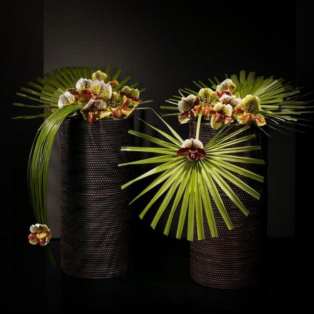 """""""So in Love with this arrangement done by - ARMANI FIORI @armani - Clean Simple Chic - #black - #Green #loves #Art"""""""