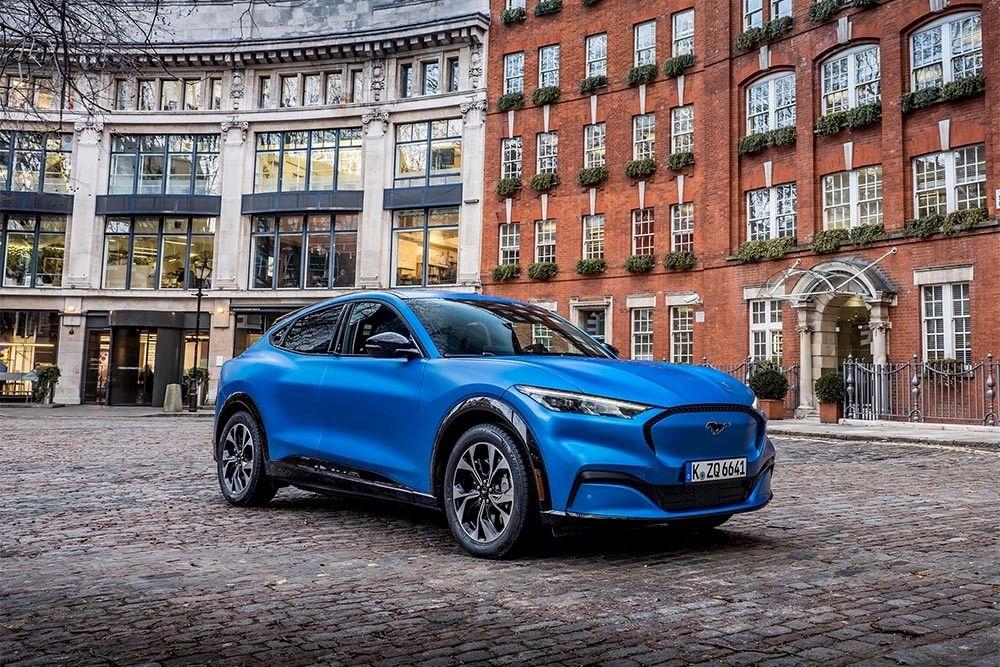 La nouvelle Ford Mustang MachE, électrique, n'arrivera