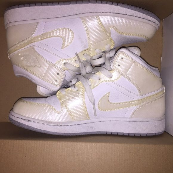 Air Jordan 1 White Carbon Fiber Air Jordan 1 Phat White Carbon Fiber. Worn 46f5990331