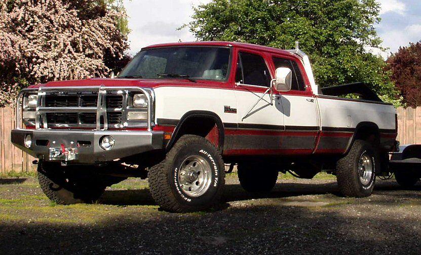 bull bar on a 1st gen page 2 dodge diesel diesel truck truck stuff dodge. Black Bedroom Furniture Sets. Home Design Ideas