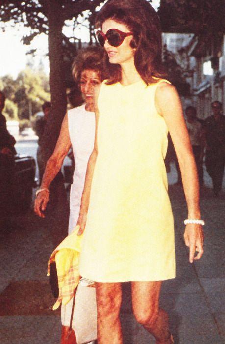 Jackie Kennedy Summery Style Sungles