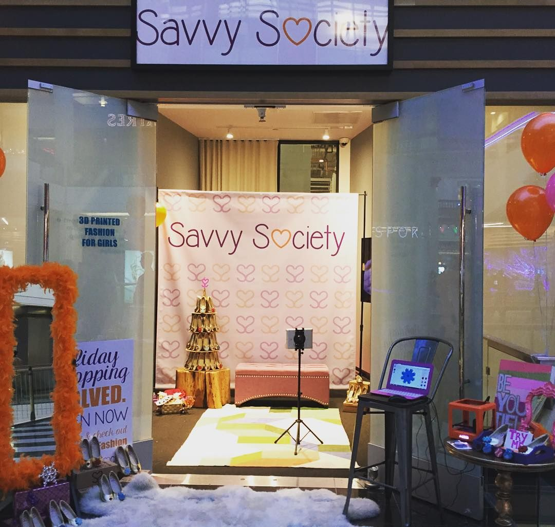 Come take a selfie at the savvysociety popupshop today weure on