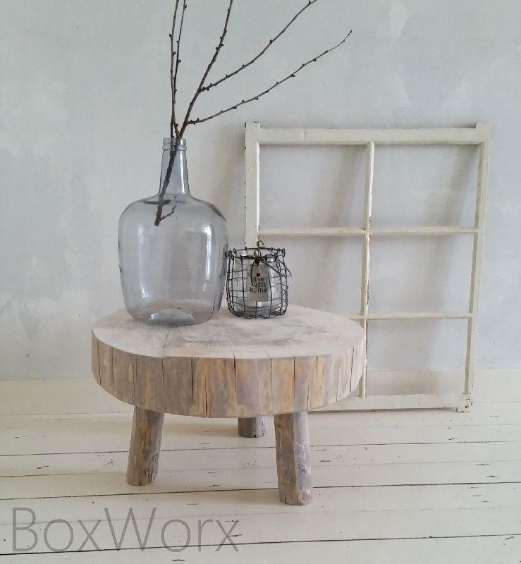Mooi tafeltje 39 boomstam 39 met een diameter van maar liefst for Boomstam decoratie