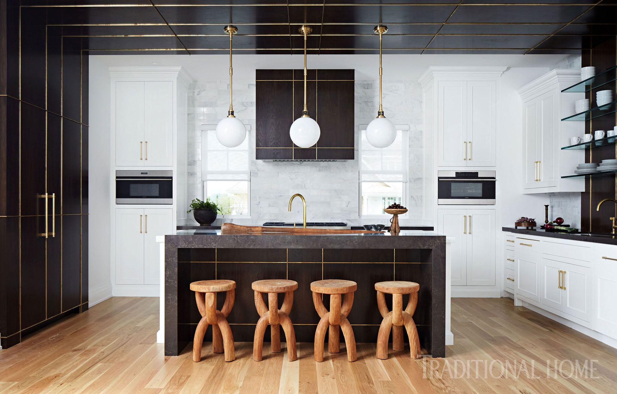 Striking Hamptons Showhouse Kitchen Traditional Home Interior Design Kitchen Kitchen Design Kitchen Interior