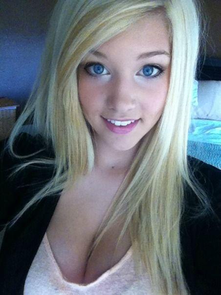 Hot Blonde Perfect Blue Eyes Teen