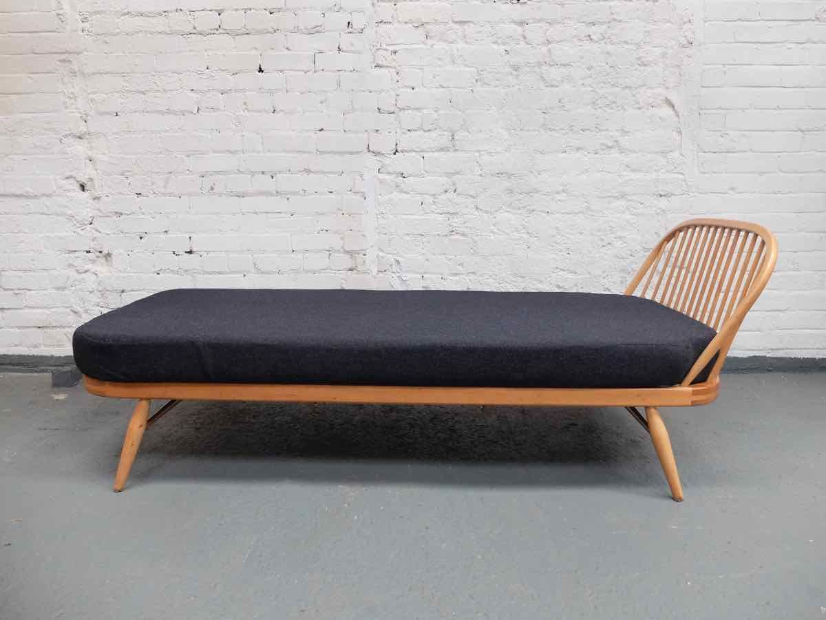 Daybed sofa couch - Sold Vintage Ercol Sofa Day Bed Ercol Daybed Dimensions Ercol Daybed Cushion Dimensions Ercol Studio Couch