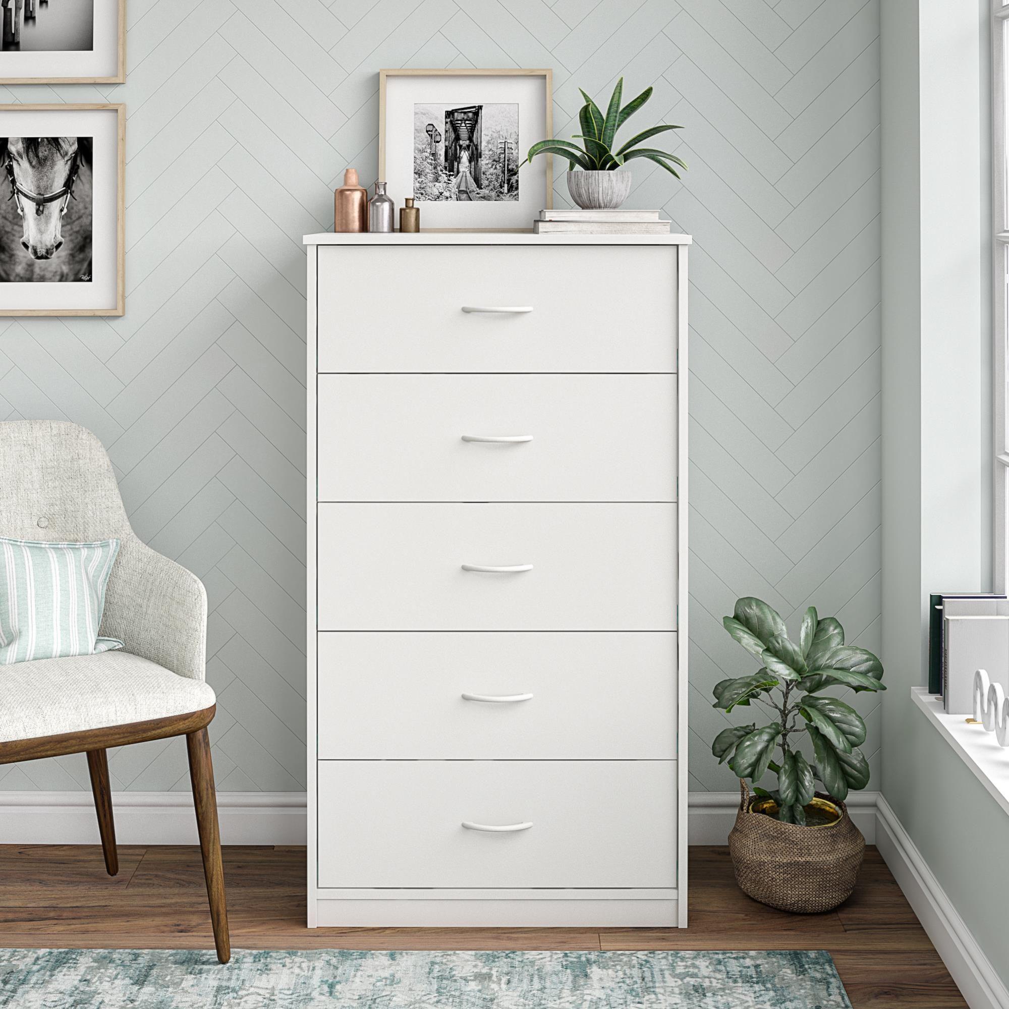 Mainstays Classic 5 Drawer Dresser White Finish Walmart Com Dresser Decor Bedroom White Dresser Decor Room Ideas Bedroom [ 2000 x 2000 Pixel ]