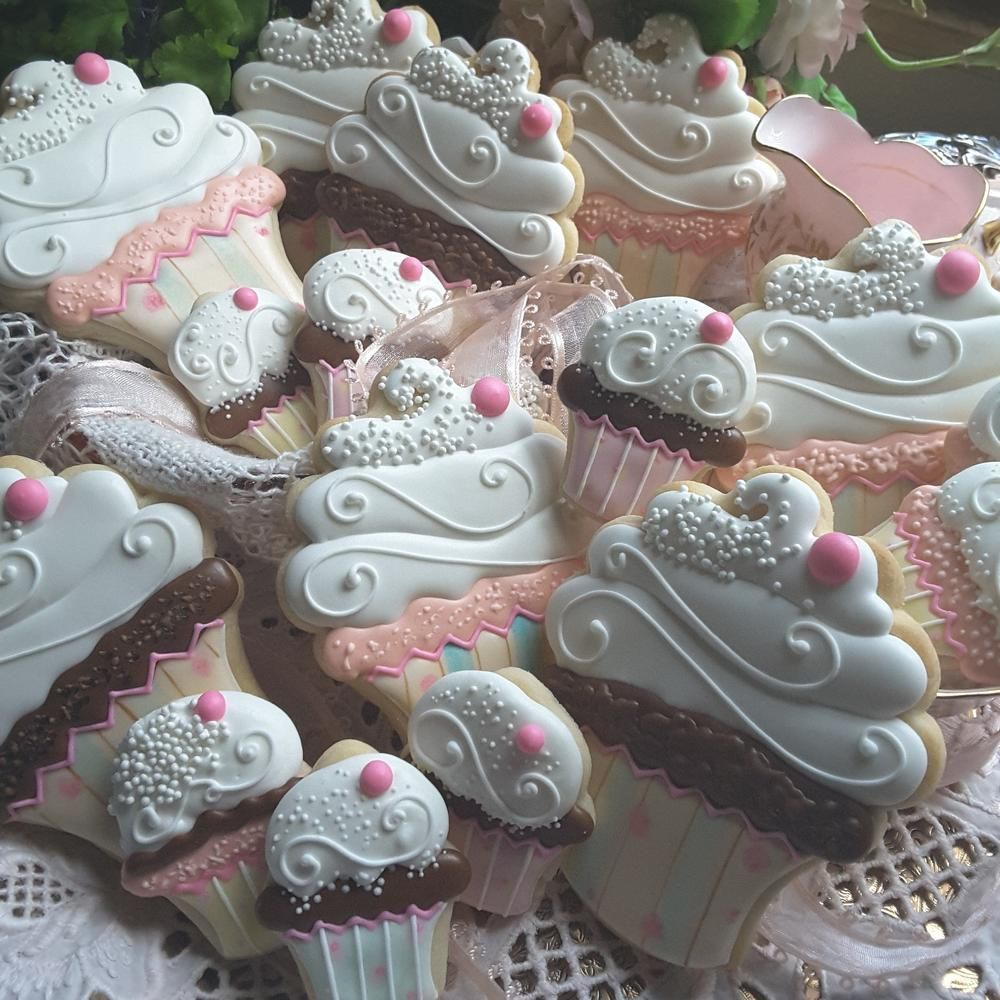 Cup-cake cookies, summery confections by Teresa Pringle Wood